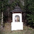 Kapliczka na polanie Kosarzyska #góry #beskidy #gorce #bieniowe #gorc #przysłop