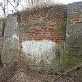 Eletrownia wodna na rzece Wieprz w Michalowie, ruiny budynku obok elektrowni #Michalów #ElektrowniaWodna #Wieprz