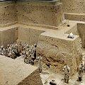 Tak głęboko zakopani terakotowi żołnierze (bez głów) #Chiny