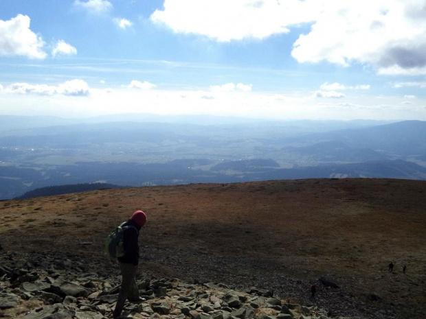Widok z Diablaka w kierunku Magury Orawskiej i Małej Fatrry #góry #beskidy #BeskidŻywiecki #BabiaGóra